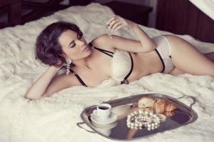 lingerie escort marbella breakfast in bed