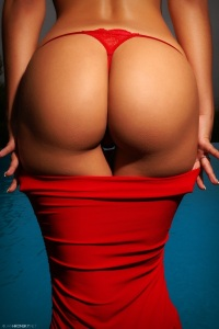 red pants red dress escort marbella