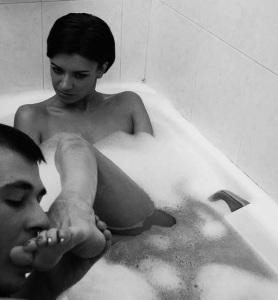 marbella escort bath toe sucking