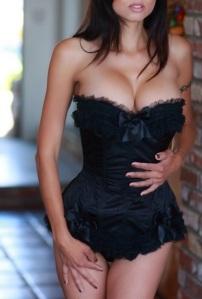 frilly corset escort marbella