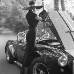 marbella escort classic car big hat