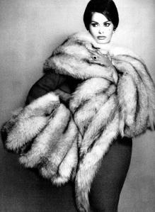 escort marbella sexy black anbd white fur coat