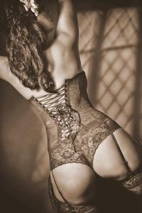 escort marbella corset