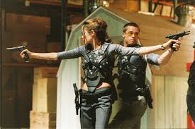 brad pitt and angelina jolie in action as mr and mrs smith